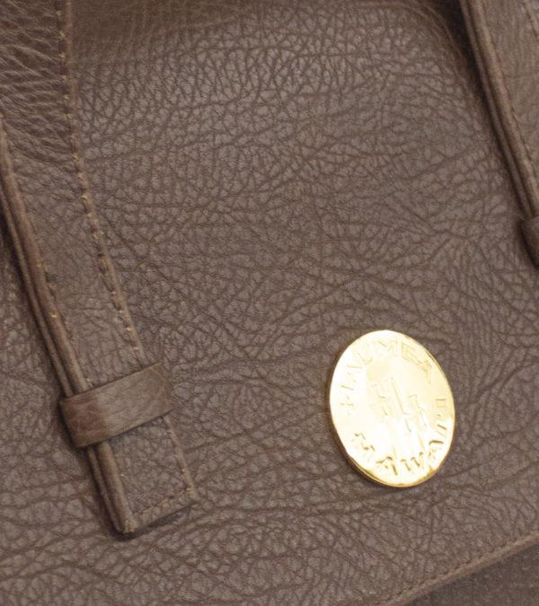 alii-brown-detail-3