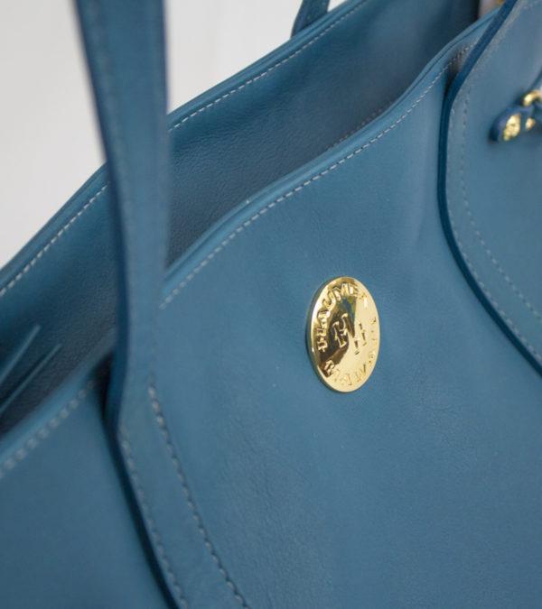 aulii-deep-blue-sea-detail