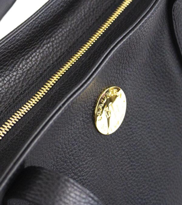 aulii pebble-black detail 1